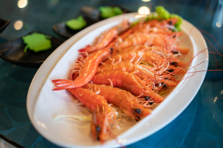 A plate of freshly cooked prawns in a restaurant Stok Fotoğraf