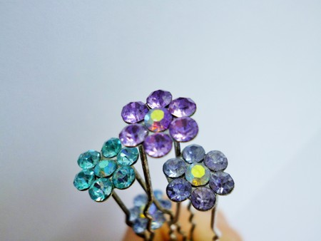 barrettes: Hair barrettes with crystal flowers photo. Decorative hairpins