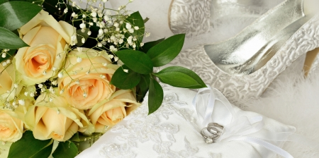 Wedding rings and bridal accessories photo