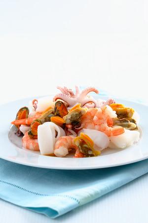 Raw seafood mix