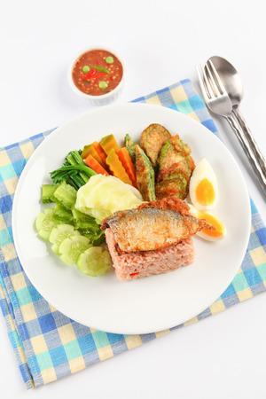 white rice: fried mackerel with shrimp paste sauce nam prik kapi pla too