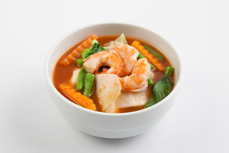 shrimp: hot and sour curry with tamarind sauce, shrimp and vegetables : Stock Photo