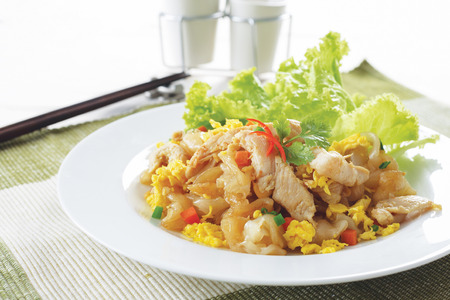thai food: Fried Noodles with Chicken, Thai food