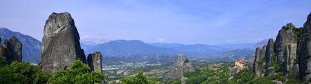 kalampaka: Panorama. Summer Mountain landscape. Agios Nikolaos Anapafsas Monastery. Meteora, Greece Stock Photo
