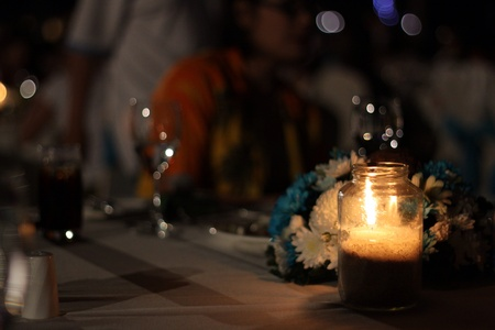luz de velas: Cena con velas Foto de archivo
