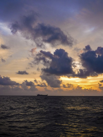 lubricate: Oil tanker Drift at sea in the morning with clouds. Oil&Gas