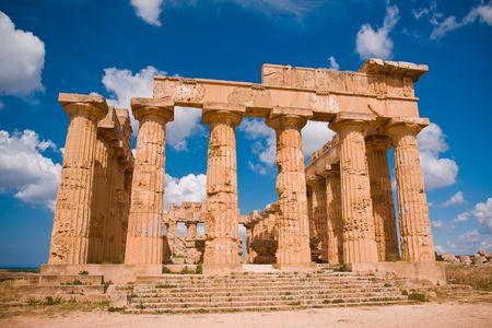 tempio greco: Rovine del tempio greco, Selinunte, Sicilia, Italia Archivio Fotografico