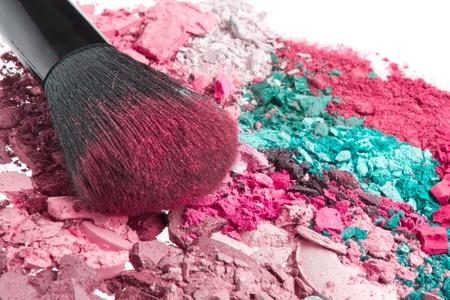 crushed eyeshadows with brush isolated on white background Stock Photo - 12876018