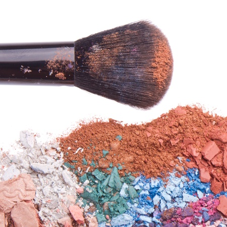 crushed eyeshadows with brush isolated on white background Stock Photo - 13150301