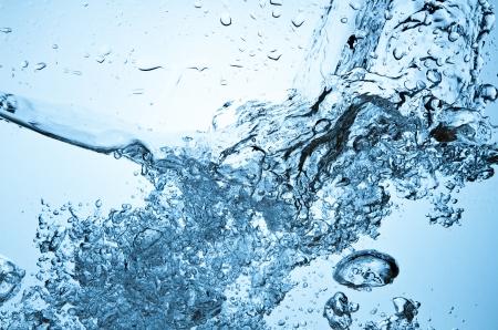 Nahaufnahme von Blasen im blauen Wasser Standard-Bild - 14400984