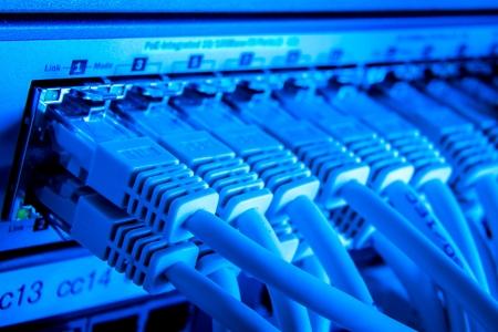 cable red: cerca de los cables de red conectados a cambiar