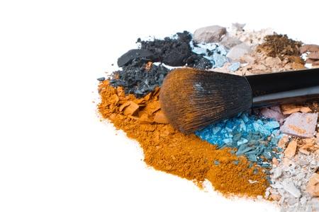 crushed eyeshadows with brush isolated on white background Stock Photo - 16159435