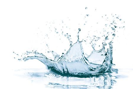 splash de agua: salpicaduras de agua aisladas sobre fondo blanco