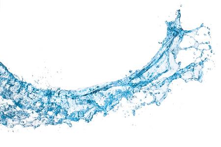 agua splash: salpicaduras de agua azul sobre fondo blanco aisladas