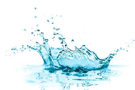 türkisfarbenes Wasserspritzen, lokalisiert auf Weiß