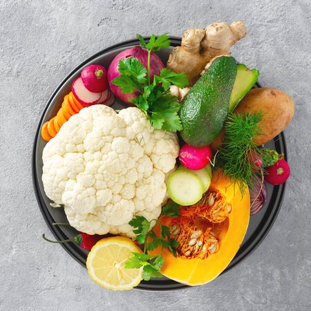 Ingredients for cooking vegetarian Indian dish aloo gobi top view. Healthy food 스톡 콘텐츠