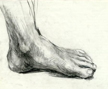 partes del cuerpo humano: dibujo - pie, técnica carbón negro Foto de archivo