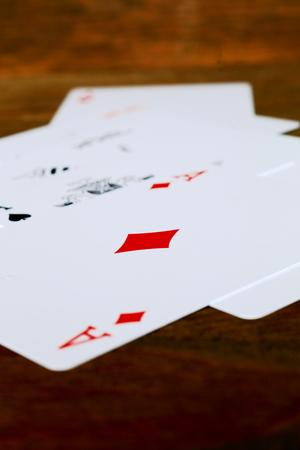カード。トランプ。カードをプレイします。