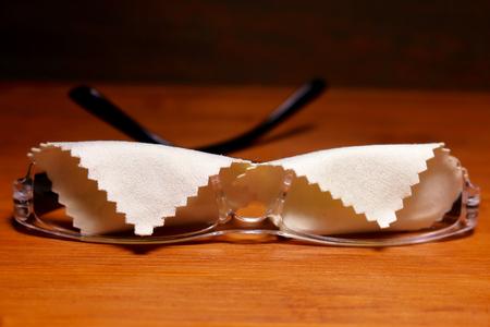 Wipe glasses