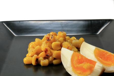 Stir-fried corn and seasoned egg