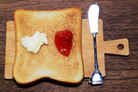 Toast and butter knife