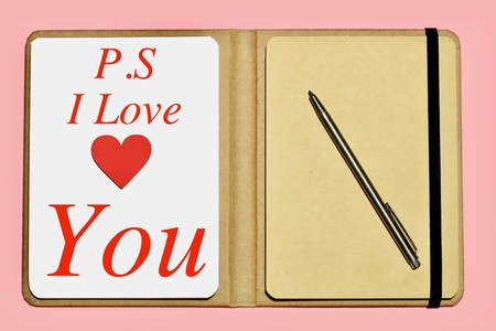 P. S. I Love you on pink background 免版税图像