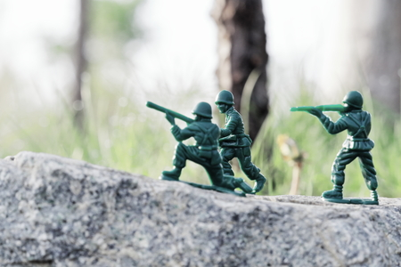Soldier to fire (toy soldiers) All mass-produced goods. What it was bought at 100 yen shop.