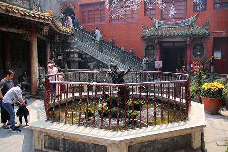Taiwan temple 스톡 콘텐츠 - 109867295