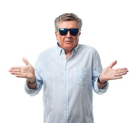 crestfallen: hombre mayor fresco signo confuso