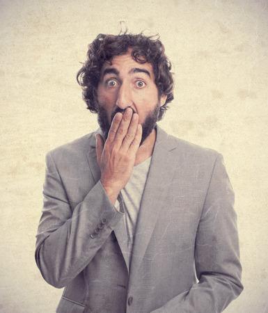 cabizbajo: hombre loco joven