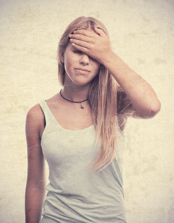 mujer decepcionada: decepcionado joven fresca Foto de archivo