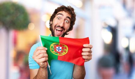 drapeau portugal: fou avec le drapeau portugal