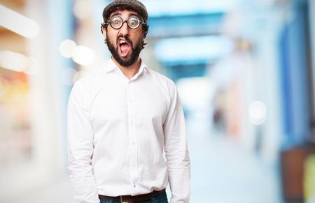 tonto: hombre tonto loco