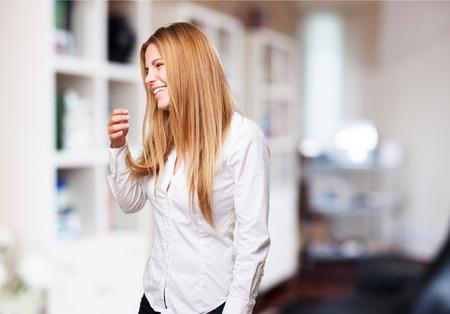 vrouw blond: blonde vrouw lachen