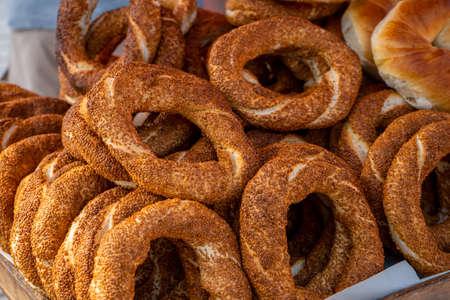 Popular Turkish simits bagels. Street food in Turkey. National food. 写真素材
