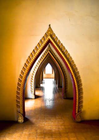 arcuate: Temple arched entrance   Archivio Fotografico