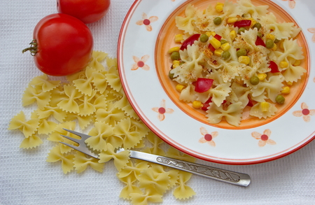 shaped: butterfly shaped pasta with vegetables