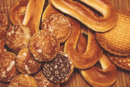 baranka: Honey-cake, bagels and cookies, close up background
