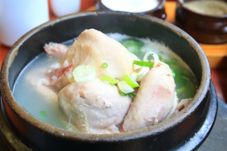 traditional  korean  chicken soup