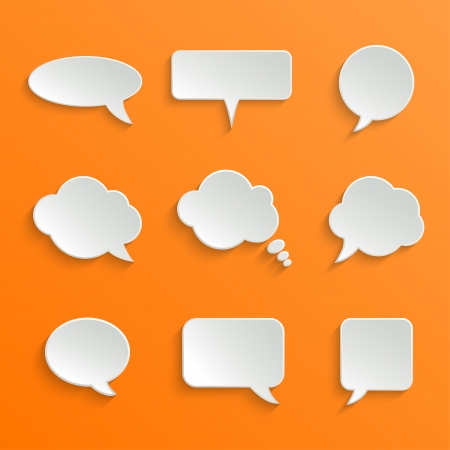 burbuja: Abstract Vector Blanco Speech Bubbles Set sobre fondo naranja Vectores