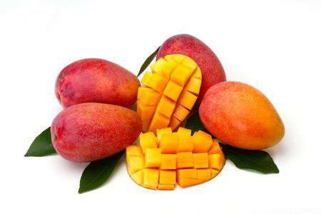 mango isolated on white background 版權商用圖片 - 112824631