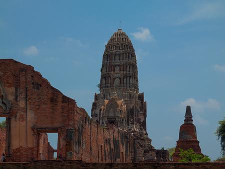 phra nakhon si ayutthaya: Wat Phra Mahathat temple in Phra Nakhon Si Ayutthaya Historical Park, Thailand. Stock Photo