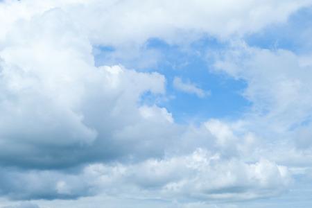 bule sky and white cloud