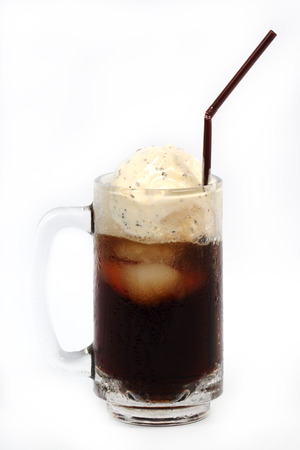 root beer: Root beer float isolated on white