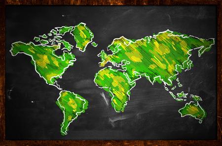 黒板に緑の世界地図スケッチ