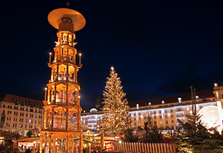 night market: christmas market in Dresden Stock Photo