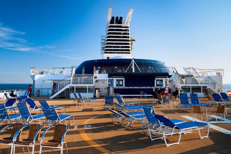 millonario: beach chairs on a cruiser