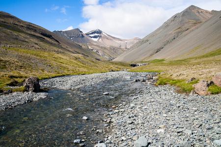 Wild mountain landscape in Iceland Standard-Bild