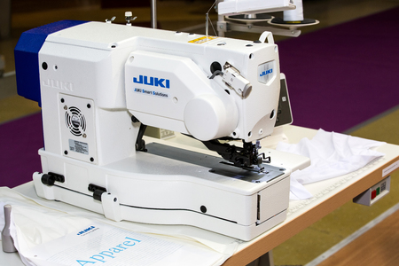 Moscow, Russia - March, 2018: Juki industrial sewing machine Redactioneel