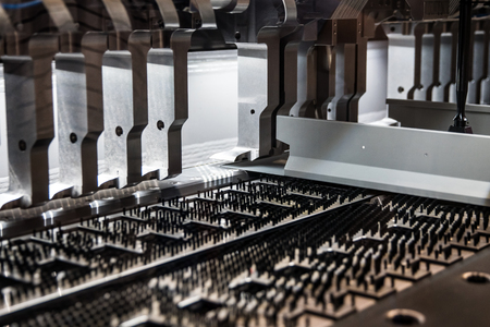 Automatically bending machine for metal sheet processing
